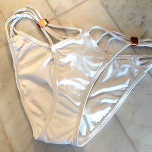 NWT💖ASOS bikini bottom with rose gold trim-size 6